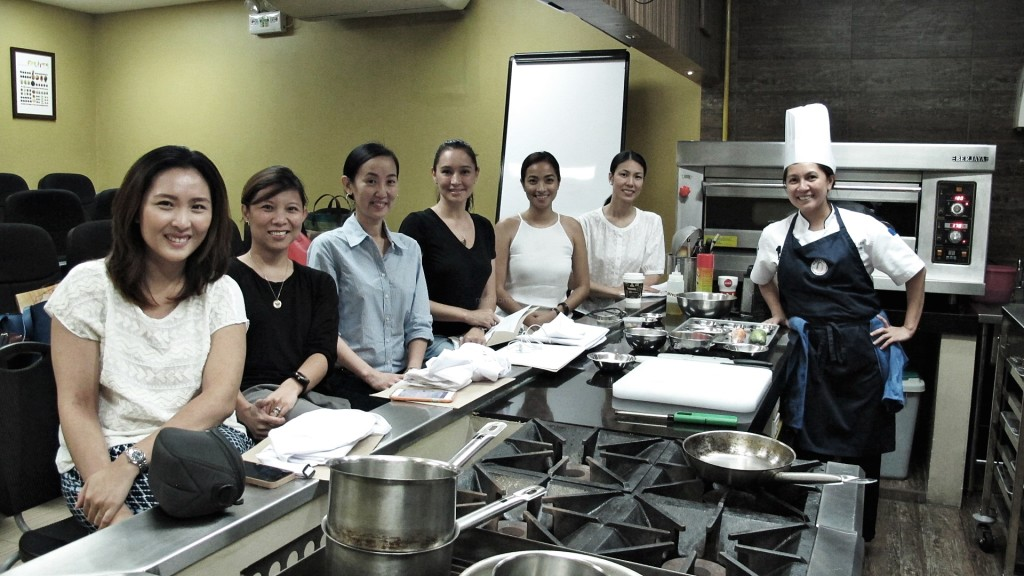 Global Academy SoMoms with Chef Erika