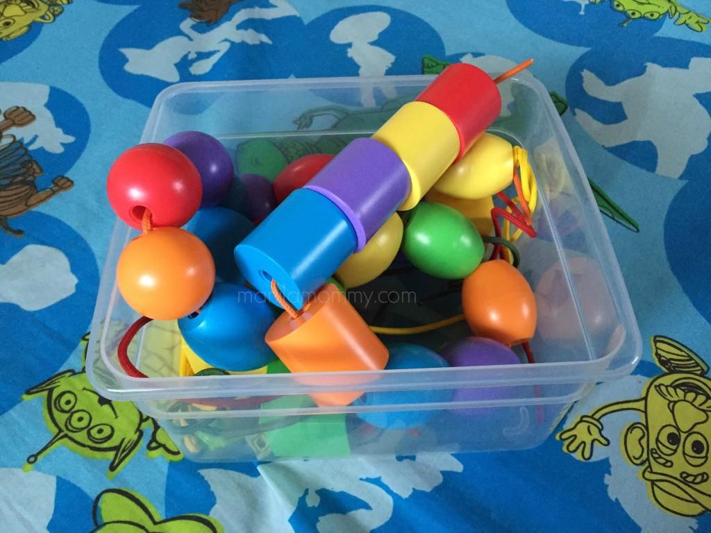 Noah lacing beads