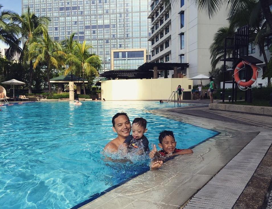 new world makati pool