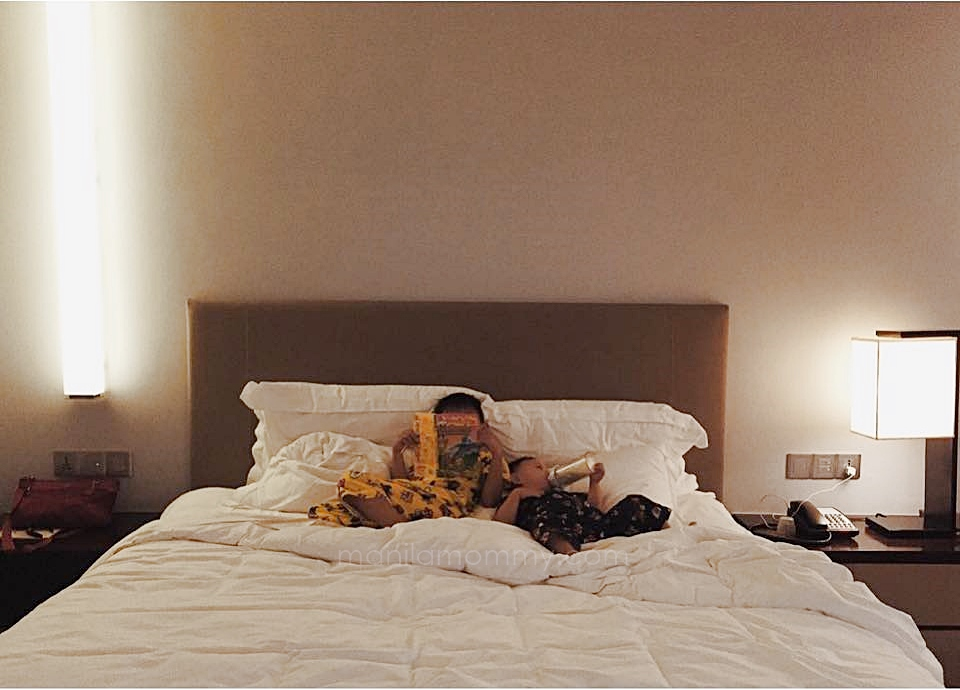 new world makati superior room king bed