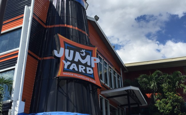 Jump Yard Indoor Trampoline Park: Review + Tips!