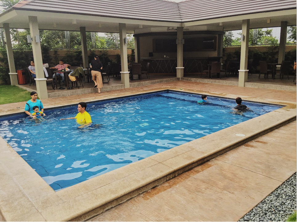 Hotel Monticello Tagaytaw Heated Kiddie Pool
