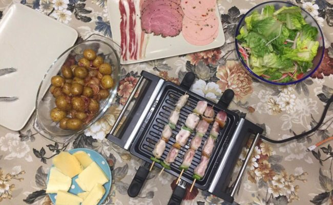 Review and Giveaway: Win an Oster Mini Raclette Grill!